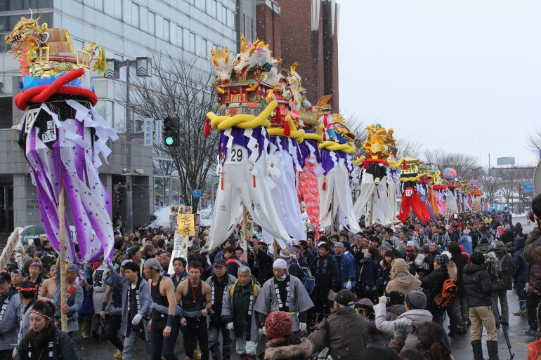 旭岡山神社梵天奉納祭